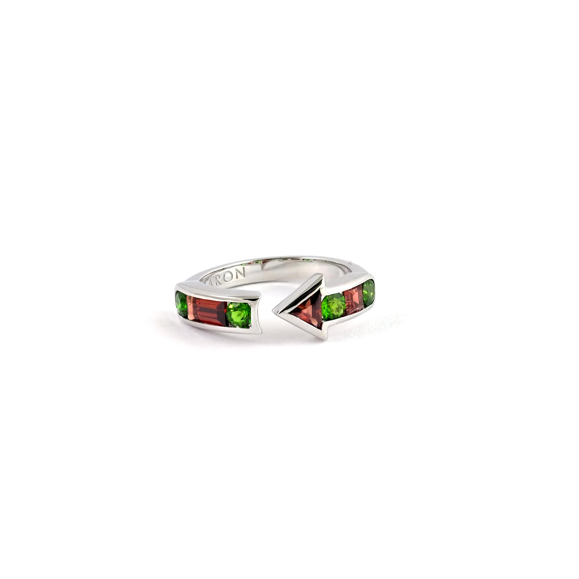 Array - urban arrow ring with chrome diopside and red garnet  rh   maronjewelry com